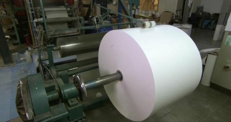 Из чего и как делают бумагу