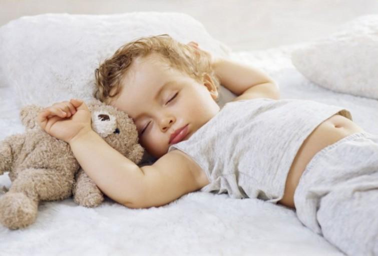 фотографировать спящих детей