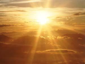 Почему светит солнце